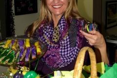 Mardi-Gras-King-Cake-Beads